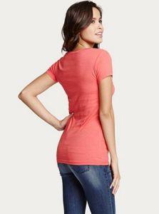 GUESS dámské tričko Dorine Flocked Logo Tee