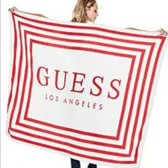 GUESS ručník Fleece logo blanket