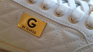 GUESS boty Omerica Quilted Low-Top Sneakers