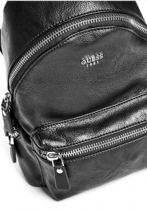 GUESS dámský batoh Leeza Small Pebbled Backpack