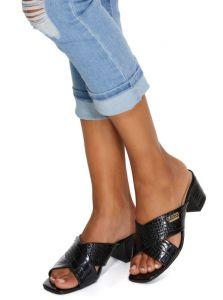 GUESS dámské pantofle Tara