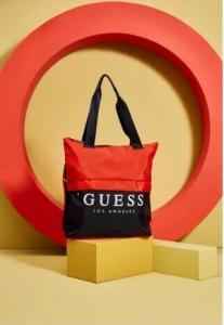 GUESS dámská taška Nylon Logo